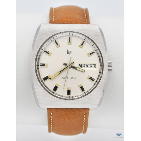 LIP (Sport Automatic Waterproof / Double Calendrier / ref. 574609990), vers 1975