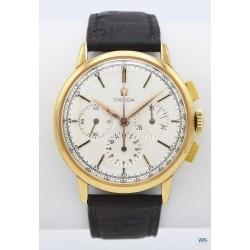 OMEGA (Chronographe Compax - Classique Or jaune / ref. BB101.01063), vers 1962